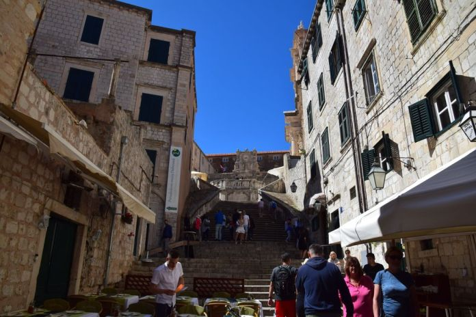 escalier monumental église saint-ignace dubrovnik