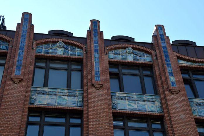 céramique sur immeuble art nouveau Hambourg