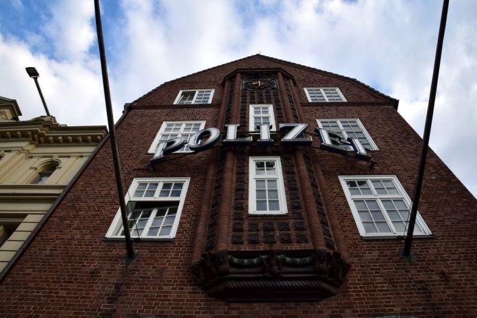façade poste police davidwache hambourg