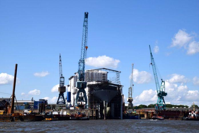 bateau réparation hambourg