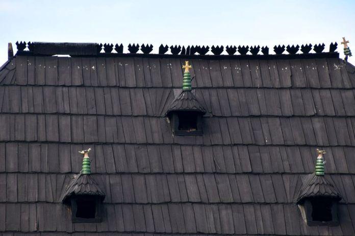 toit en bois céramiques