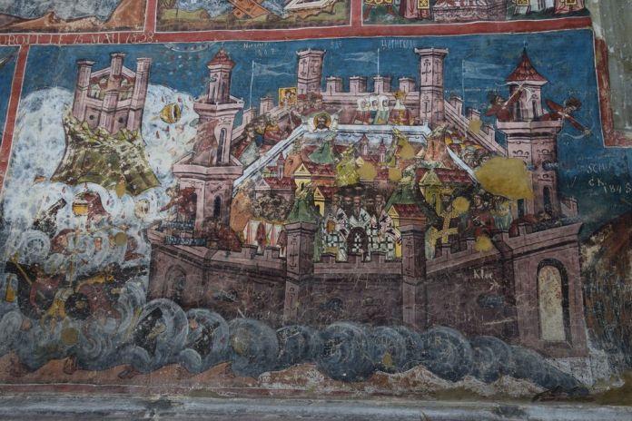 élément peint sur la façade de Moldovita