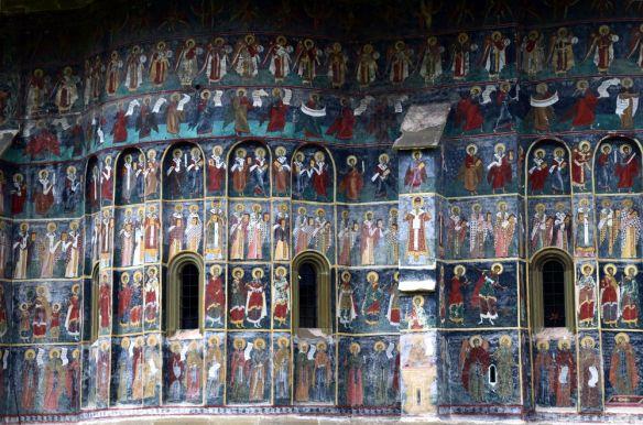 riches décors de Sucevita