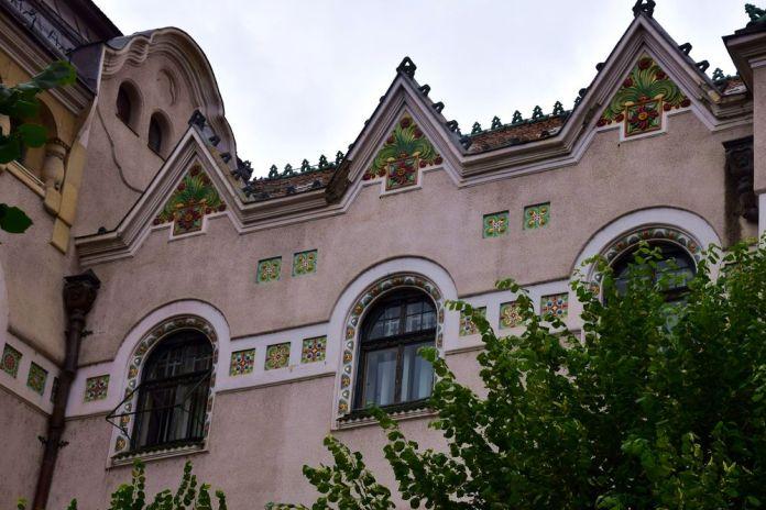 céramique mairie targu mures