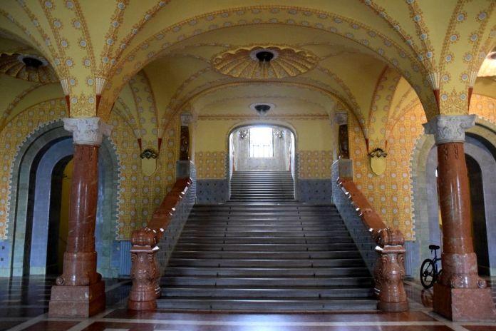 escalier mairie targu mures