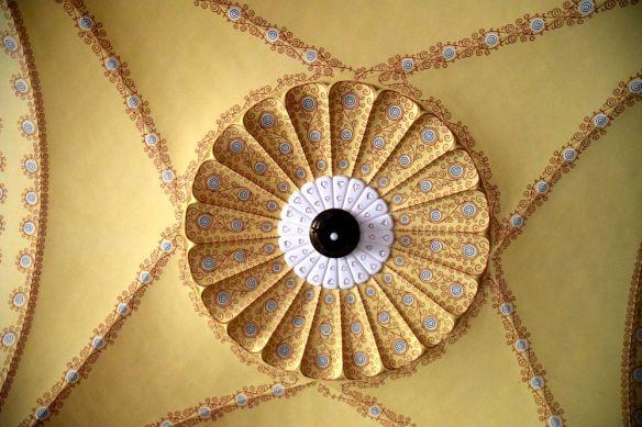 plafond peint mairie targu mures
