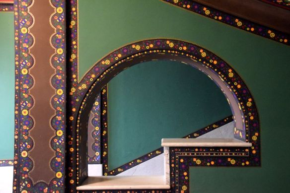 frises de fleurs couleurs vives Targu Mures