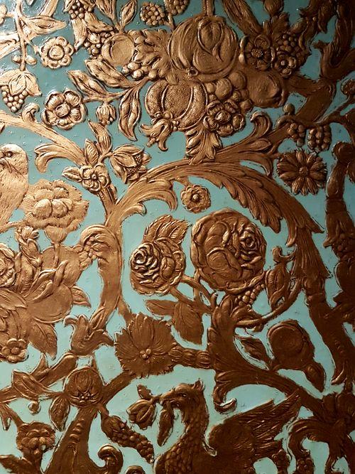 papier recouvrant murs m museum leuven Louvain