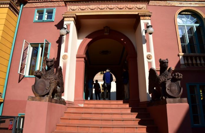 passage ouvert quartier culturel zsolnay pécs