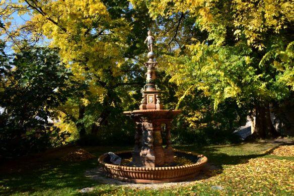 fontaine quartier culturel zsolnay