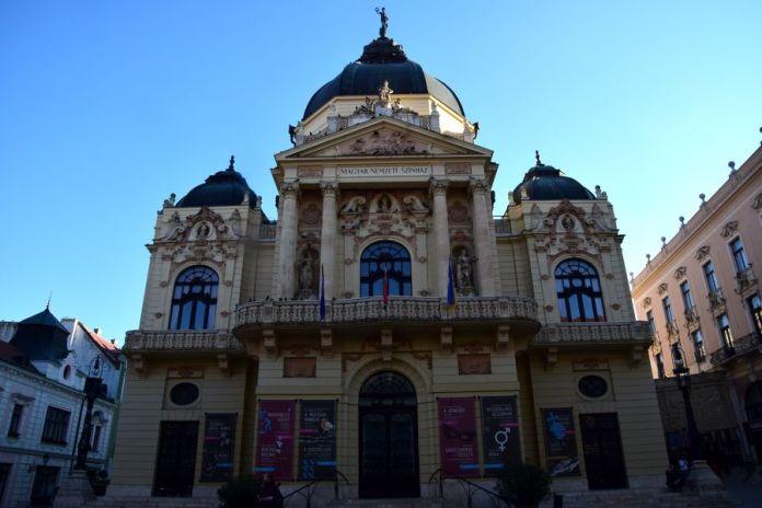 théâtre national de Pécs