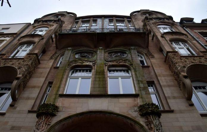 façade riche en détails art nouveau 56 allée de la Robertsau strasbourg