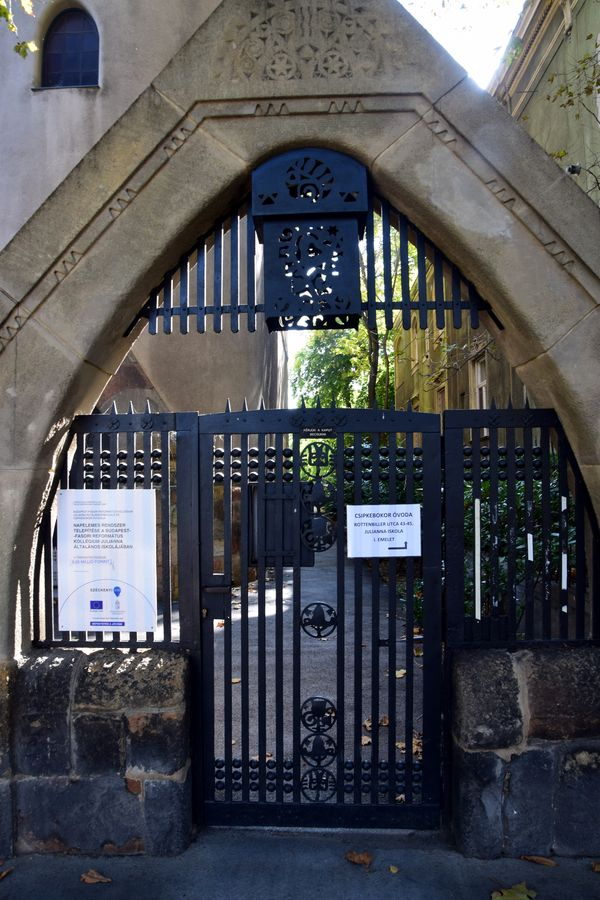 portail église réformée Fasor budapest