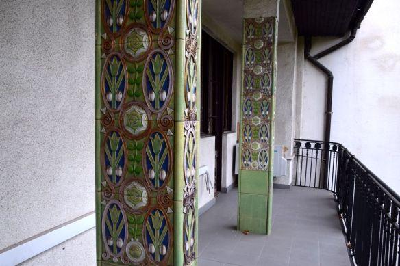 pilier habillés de céramique de Zsolnay villa schiffer budapest