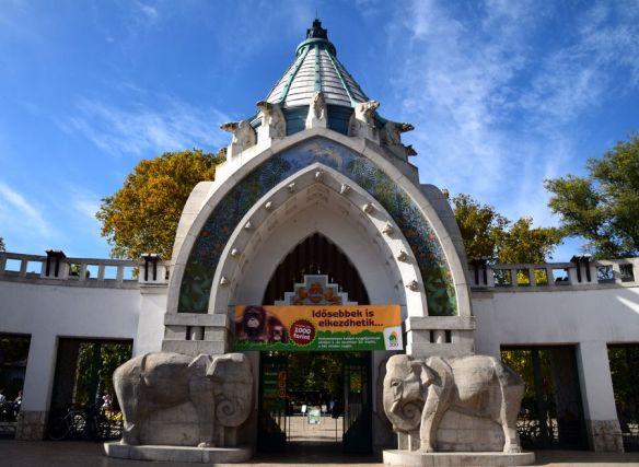porte d'entrée du zoo de budapest