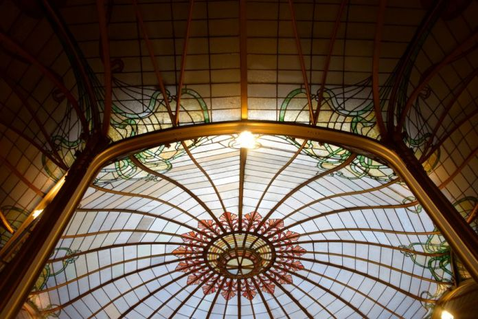 hôtel van eetvelde vitraux