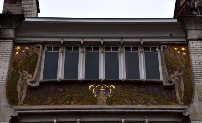 immeuble à sgraffite dessiné par Roosenbooma Bruxelles