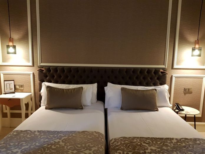 chambre hôtel Catalonia las cortes madrid