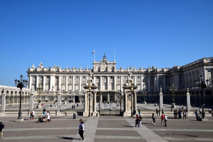 palais royal à madrid