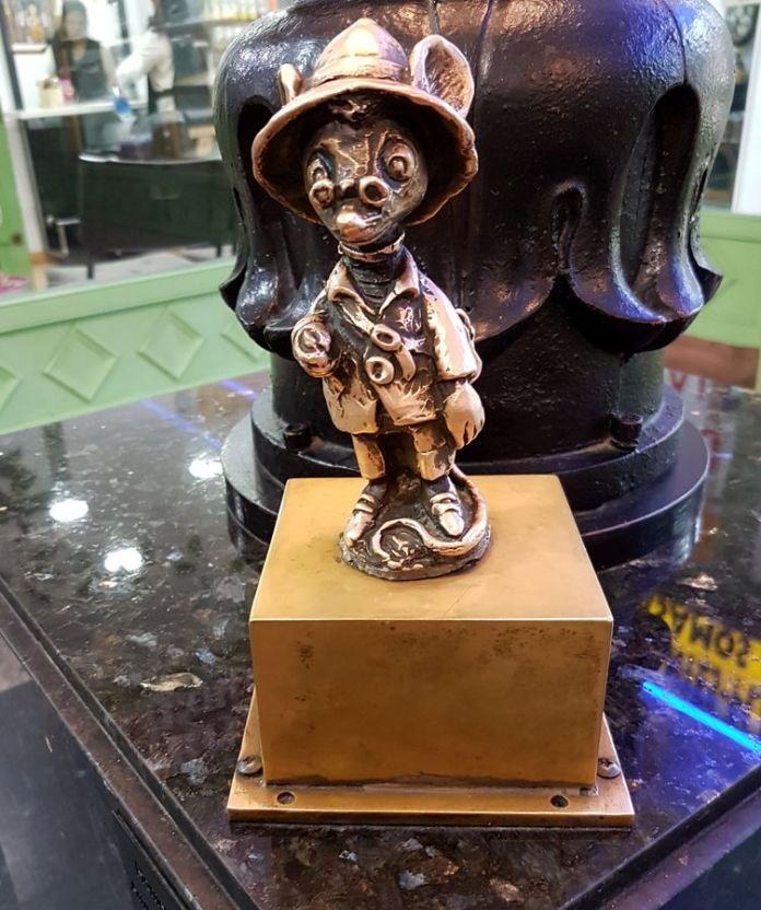 statuette du raton perez
