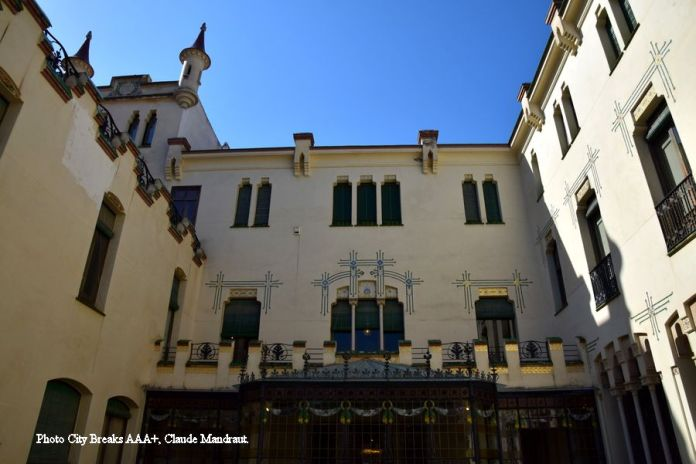 façade arrière casa alegre de sagrera terrassa