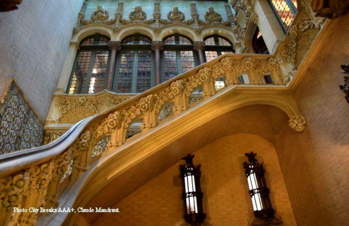 Entrée du palais Baro de Quadras