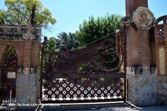 portail pavillons Güell