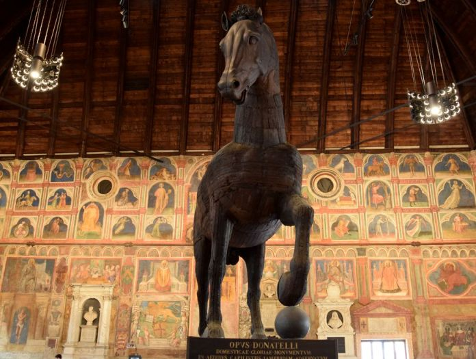Padoue, Padova, Italie, Italy, PalazzodellaRagione, cheval