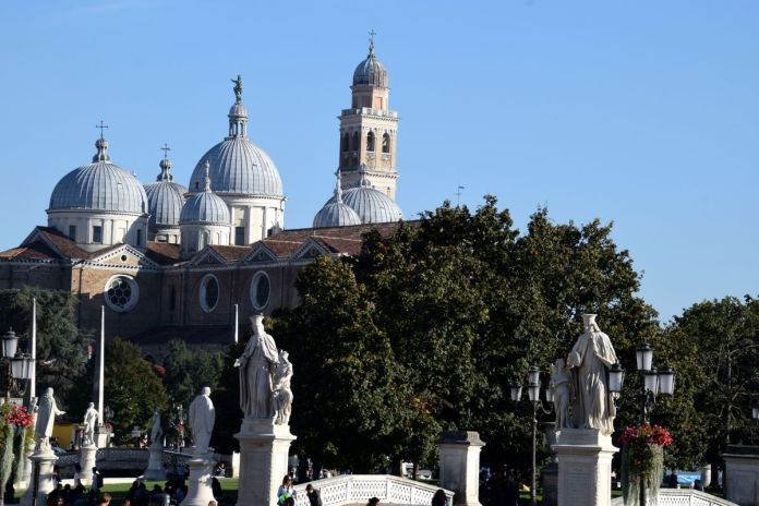 Padoue, Padova, Italie, Italy, BasilicadelSanto, dômes