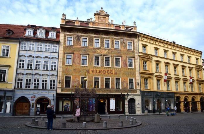 Prague, façade, Rott