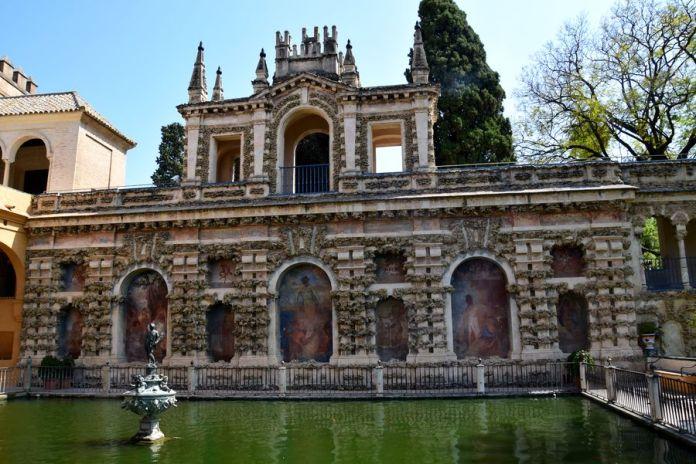 Séville, bassin, Alcazar
