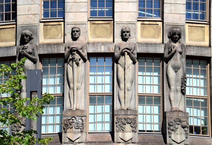 sculpture nouvelle maison des étudiants helsinki