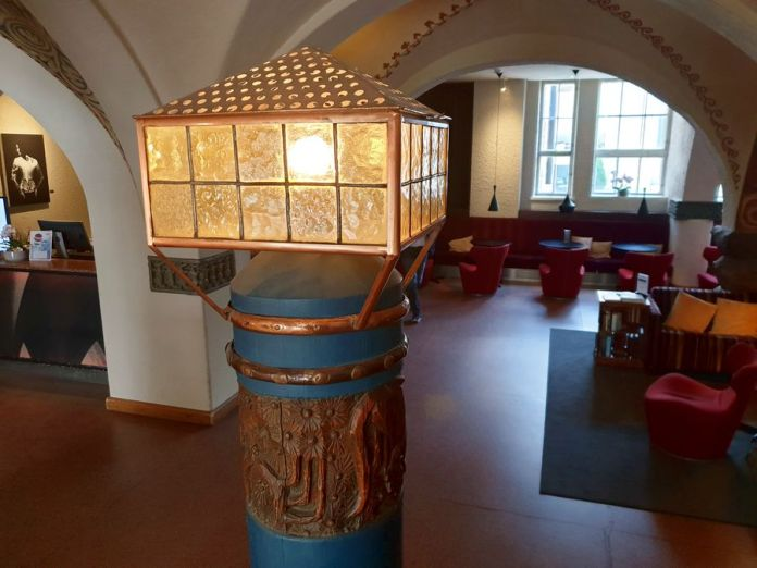 lampe sur poteau union des étudiants de polytechnique helsinki.