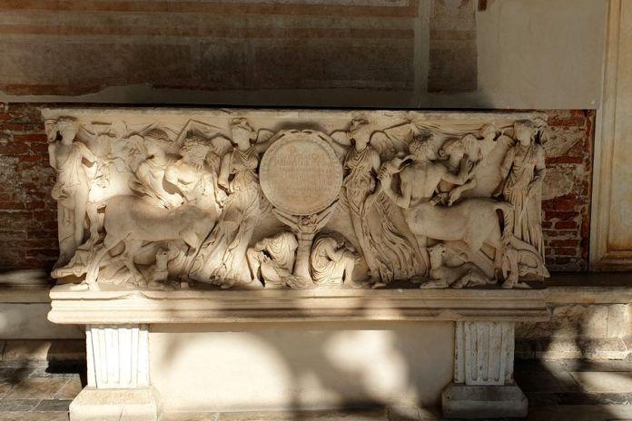 sarcophage campo santo pise