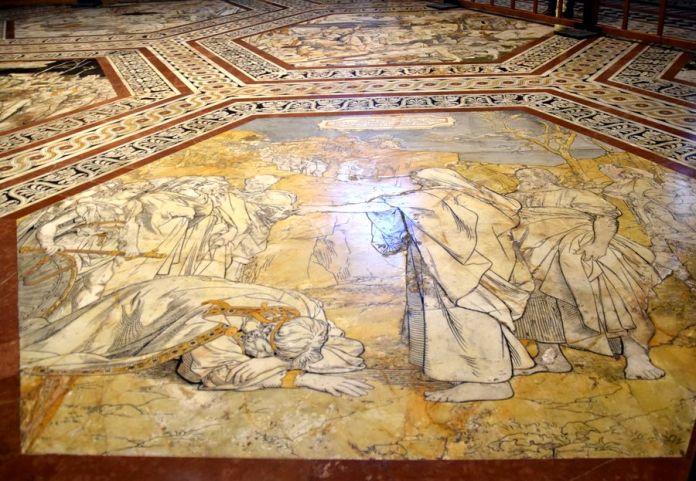 sol de la cathédrale